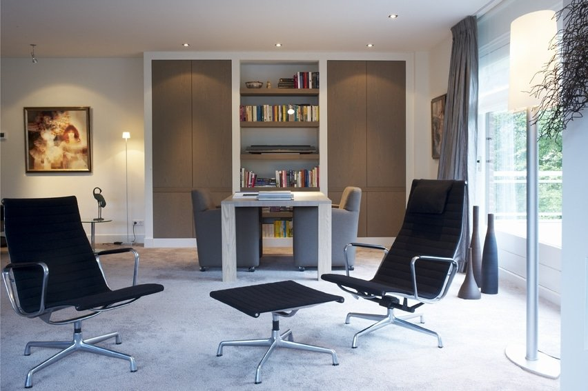 Meubelmaatwerk Appartement Baarnkasten en tafels
