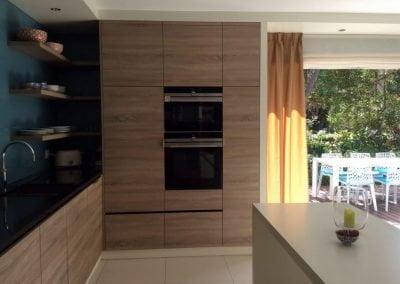 Meubelmaatwerk keuken en tafel voor appartement in Zuid Frankrijk