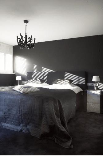 Ouderslaapkamer Met bad- en kleedkamer